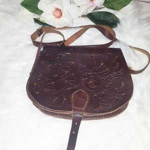 Vintage Tooled Leather Scrolled Flower Purse